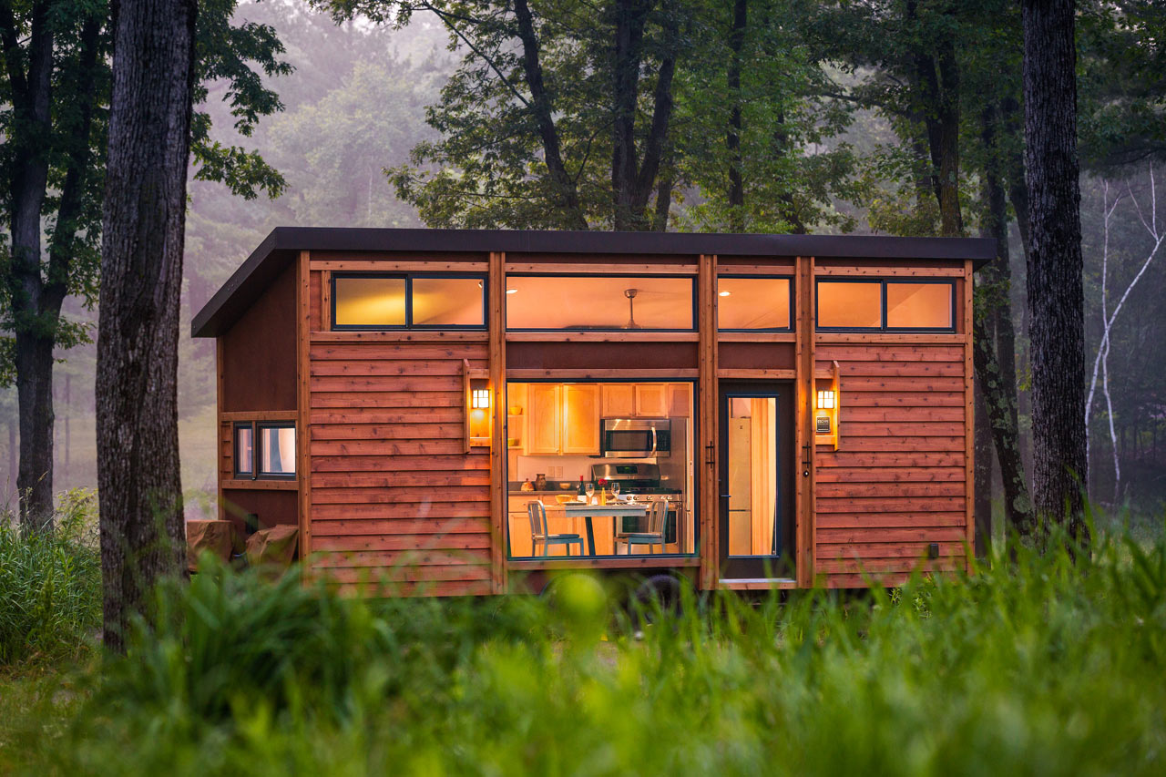 ESCAPE Traveler: Fully Equipped 269 Square Foot Cottage on WHEELS