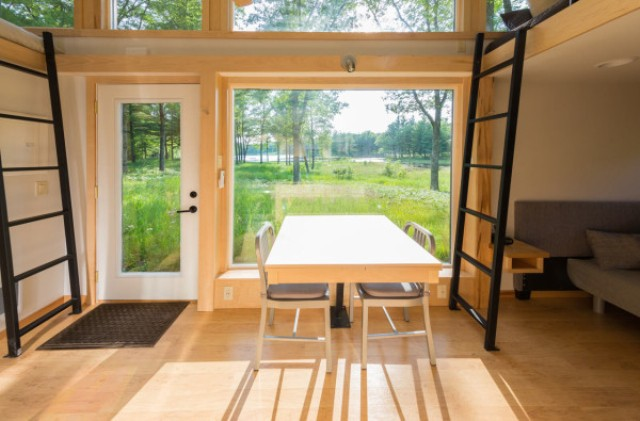 Escape Traveler Fully Equipped 269 Square Foot Cottage