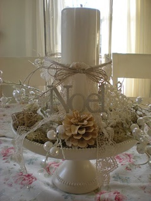 51 exquisite totally white vintage christmas ideas digsdigs White christmas centerpieces