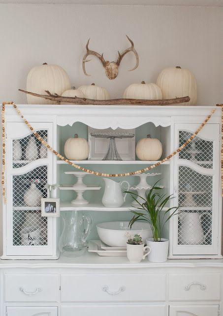 Exquisite White Fall Decor Ideas