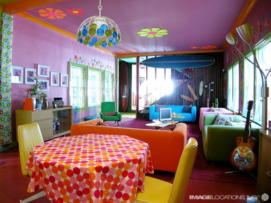 Extremly Colorful Beach House