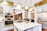 eye-catchy-glam-kitchen-in-a-mix-of-patterns-5