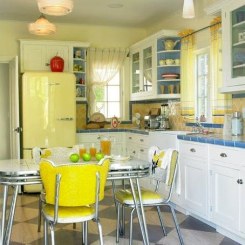 32 fabulous vintage kitchen designs to die for digsdigs for Old kitchen ideas