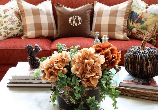 Awesome Fall Coffee Table Decor Ideas