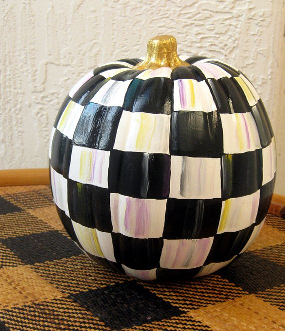 Fall Decor Ideas In Non Traditional Colors
