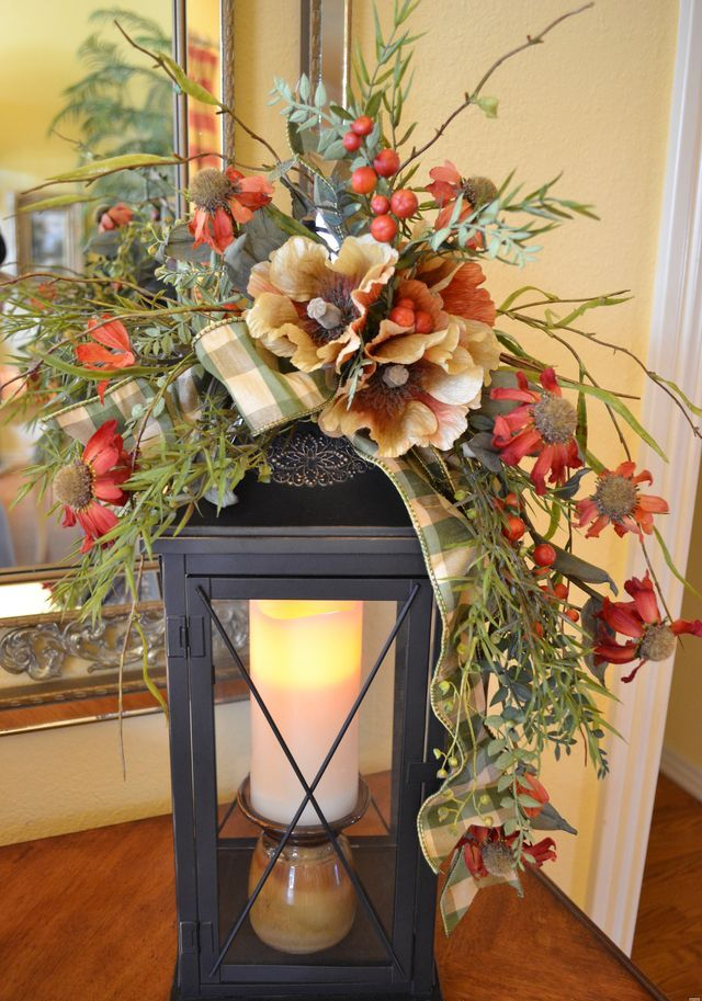 50 fall lanterns for outdoor and indoor d cor digsdigs for Pictures of indoor christmas decorations