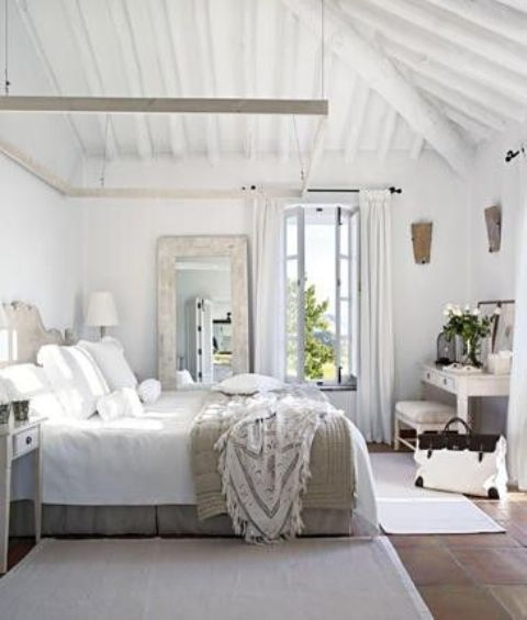 37 farmhouse bedroom design ideas that inspire digsdigs - Dormitorios blancos ...