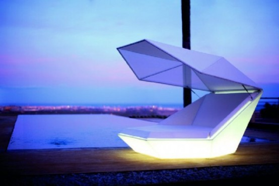 Faz Daybed Equipped With Built In Speakers