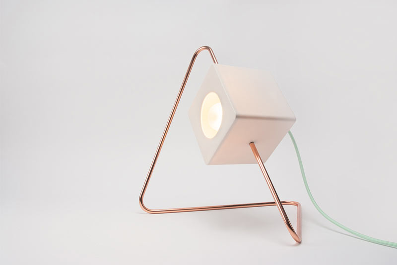 Focal Point Lamp: Direct Light Where You Need