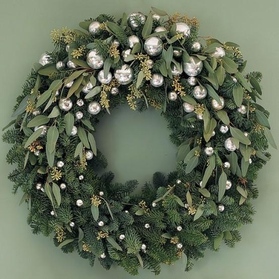 32 Original Fresh Eucalyptus Christmas Décor Ideas