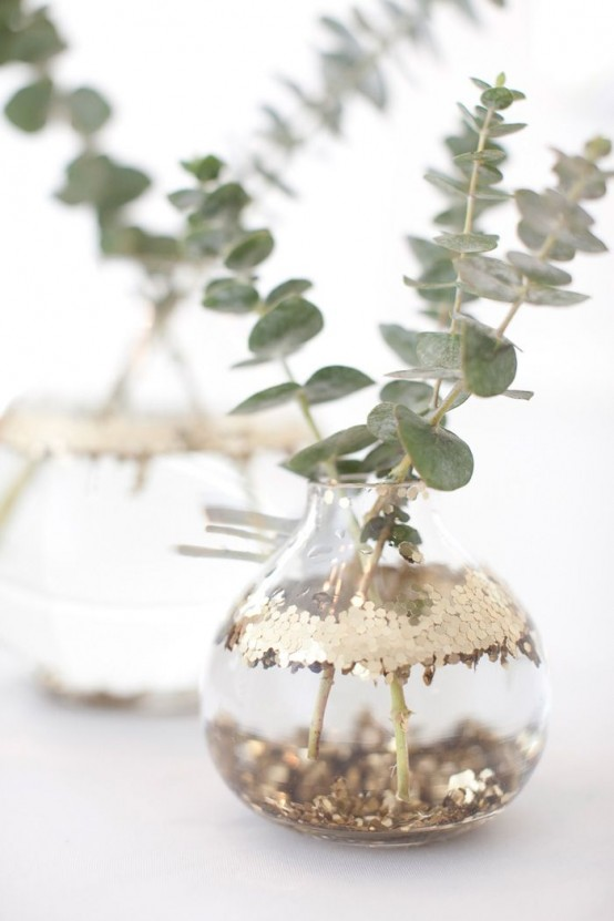 Fresh And Original Eucalyptus Christmas Decor Ideas