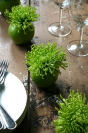 green apples and green blooms can dot your Thanksgiving tablescape and make it brighter and cooler
