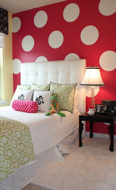33 Fun And Bright Polka Dot Home Décor Ideas - Digsdigs