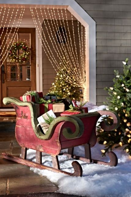 33 Creative And Fun Sleigh Decor Ideas For Christmas Digsdigs