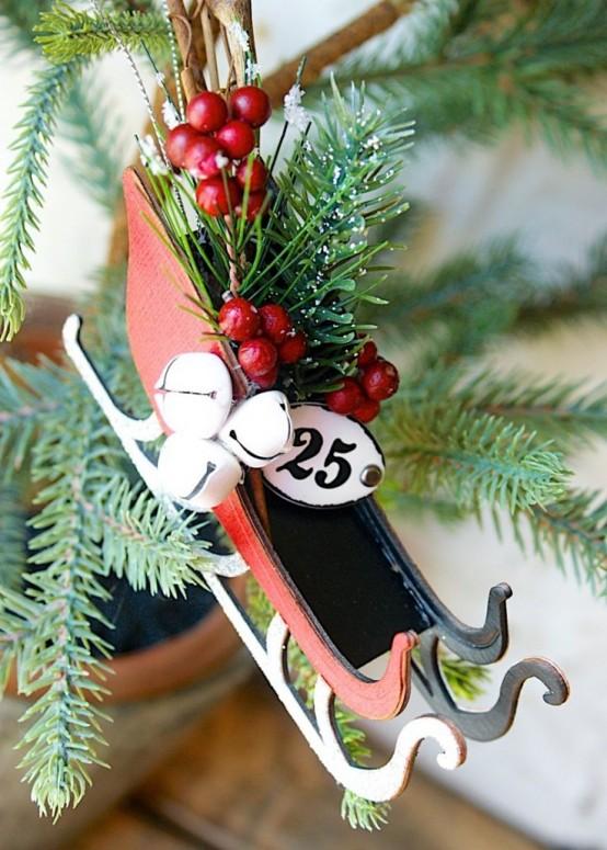 Fun And Creative Sleigh Decor Ideas For Christmas