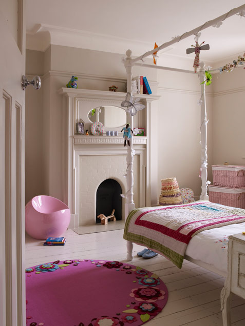 Fun And Modern Girl Bedroom