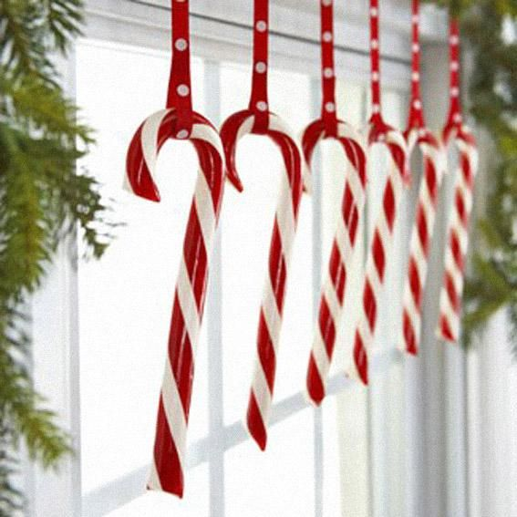 25 fun candy cane christmas d cor ideas for your home for Ideas for decorating my home for christmas
