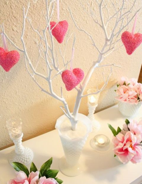 30 fun pink valentine s day d cor ideas digsdigs for Table design for valentines day