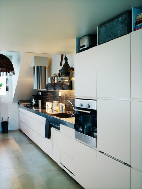 Functional And Minimalist Studio Of Designer