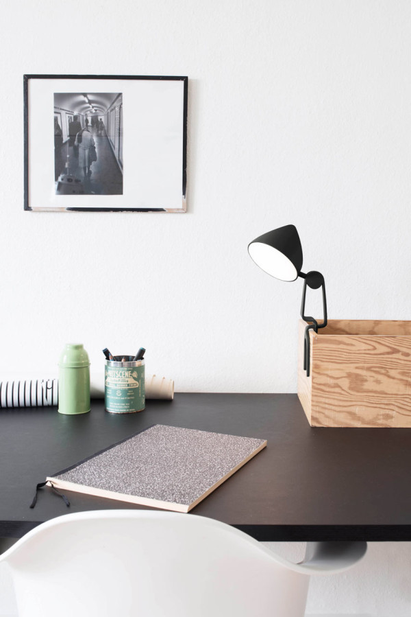 Functional Snap Lamp To Attach Anywhere You Like