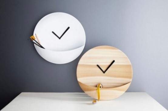 Funny Kangaroo Clock With A Storage Space