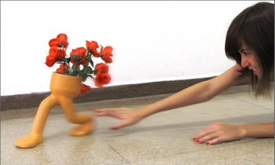 Funny Runaway Flowerpot To Make Your Decor More Fun