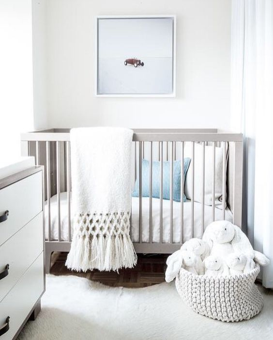 34 gender neutral nursery design ideas that excite digsdigs for Modern nursery decor