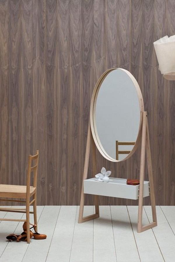 Gentle Feminine Mirror With A Drawer