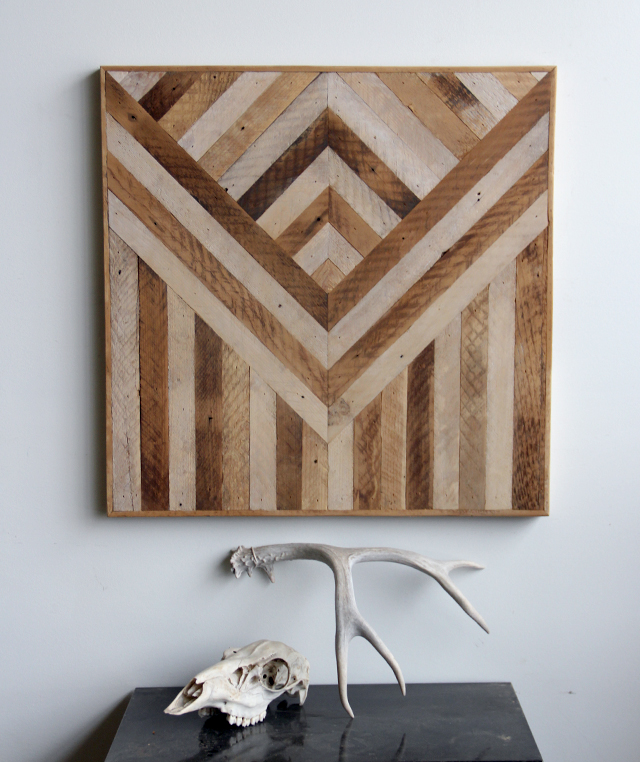 Geometric wood panels to decorate your walls by ariele digsdigs - Wood panel artwork ...