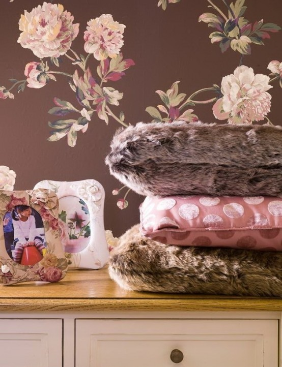 Girlish Pink And Chocolate Bedroom