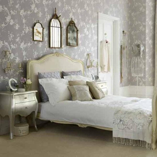 33 glamorous bedroom design ideas digsdigs for Glamorous bedroom pictures