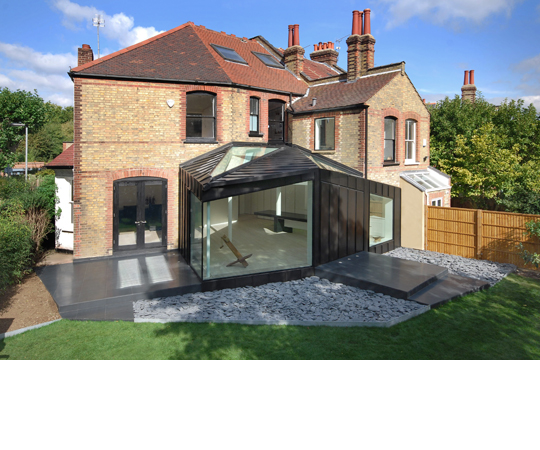 Modern black extension of the victorian house digsdigs - Glass extensions to houses ...