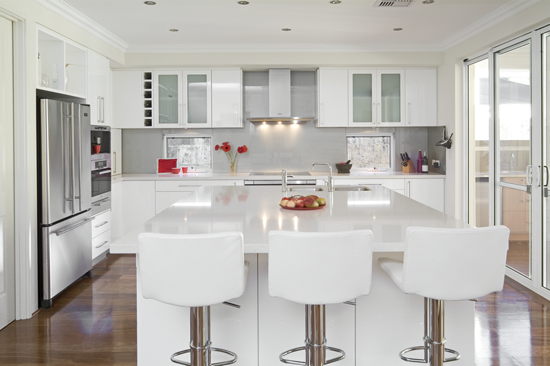 White kitchen for the home pinterest snow white for Shiny white kitchen cabinets