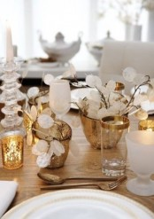 gold candleholders, gold rim glasses and cutlery will make a Thanksgiving tablescape refined and beautiful