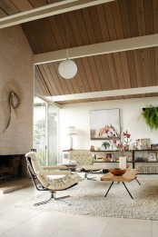 gorgeous-airy-mid-century-modern-living-rooms-20