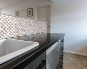 gorgeous-and-eye-catching-fish-scale-tiles-decor-ideas-25