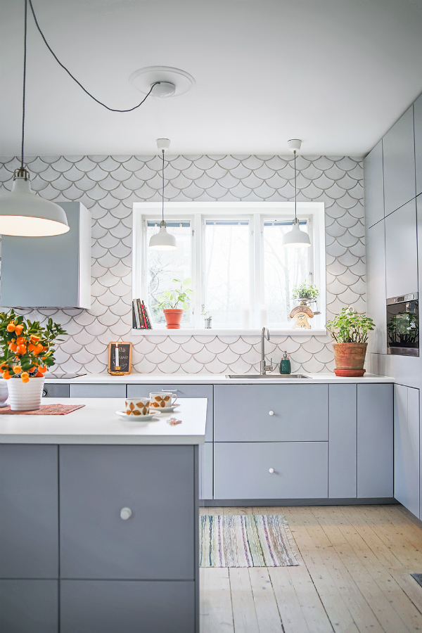 Picture Of gorgeous and eye catching fish scale tiles decor ideas  7