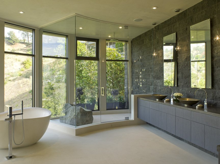 15 truly gorgeous bathroom designs digsdigs for Gorgeous bathroom designs
