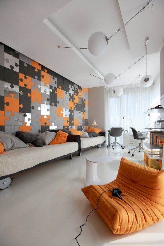 Gorgeous Eco Minimalist Apartment With Bright Accents