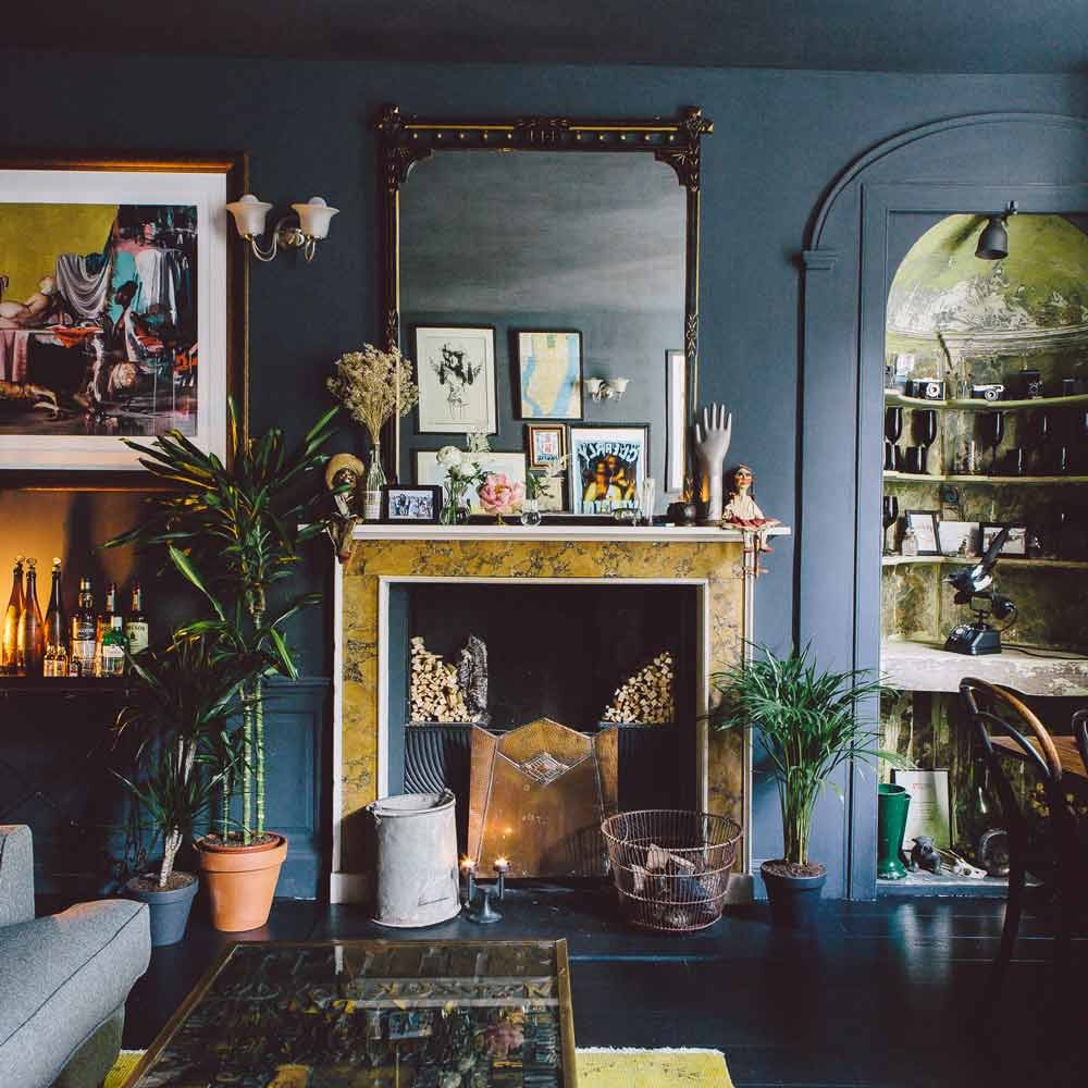 Gorgeous Home Full Of Artwork And Vintage Finds