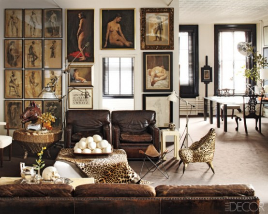 Gorgeous Living Room With Nude Studies On A Wall