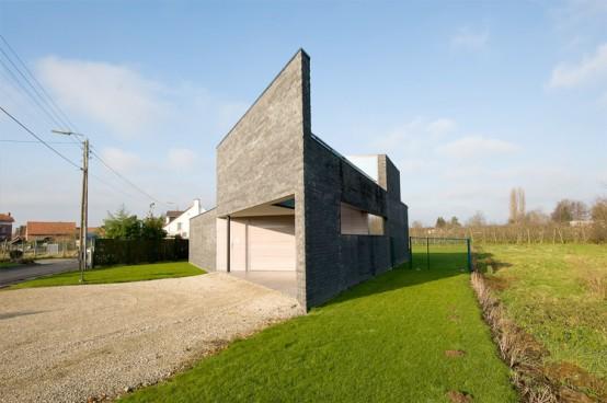 Gray Parallelogram Shaped House – House Kempeneers by Klaarchitectuur