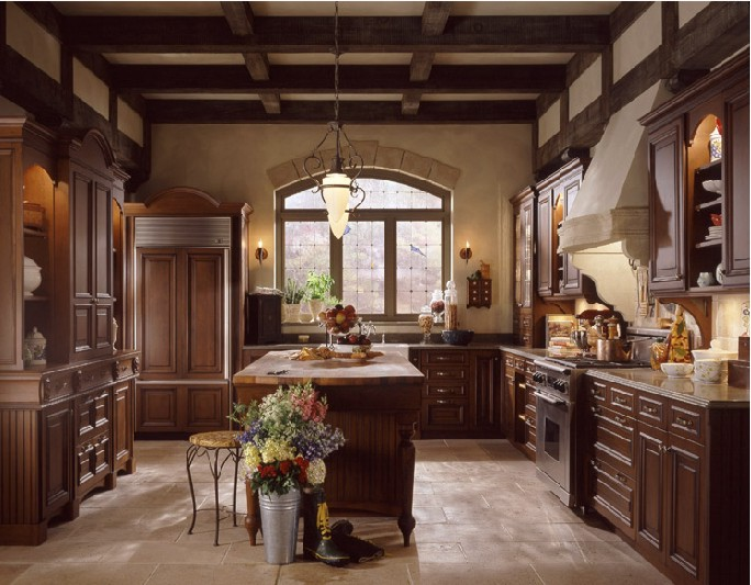 25 wonderful kitchen design ideas digsdigs for Old country style kitchen ideas