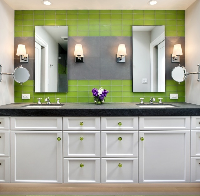 71 cool green bathroom design ideas digsdigs for Lime green bathroom ideas pictures