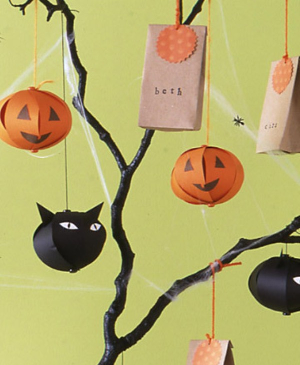Halloween decorations for the kids party digsdigs - Kids halloween party decoration ideas ...