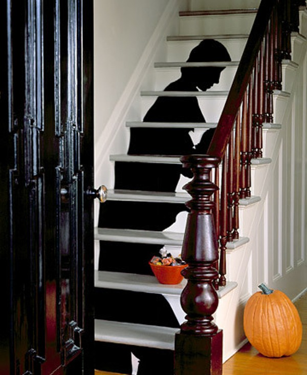 17 cool halloween decorations for the kids party digsdigs - Cool halloween decoration ideas ...