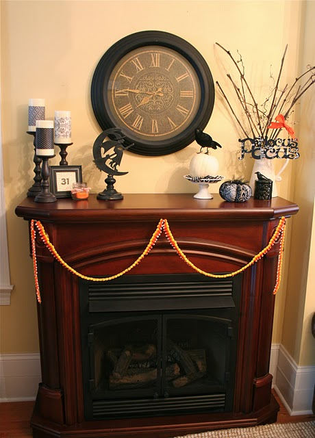 70 Great Halloween Mantel Decorating Ideas DigsDigs