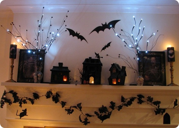 50 great halloween mantel decorating ideas digsdigs for Indoor light decoration ideas