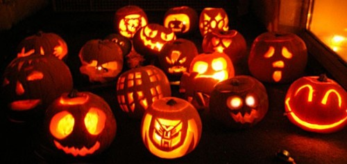 halloween-pumpkin-carving-2.jpg