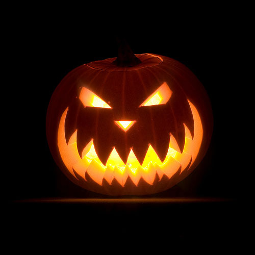 Quite traditional scary jack-o-lantern design.